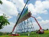 Autojeřáby Velčovský Brno. Práce s autojeřábem a naší pracovní plošinou ( 25 m).